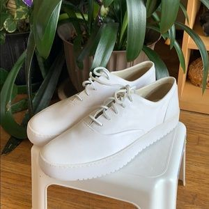NWOT Sperry White Sneakers